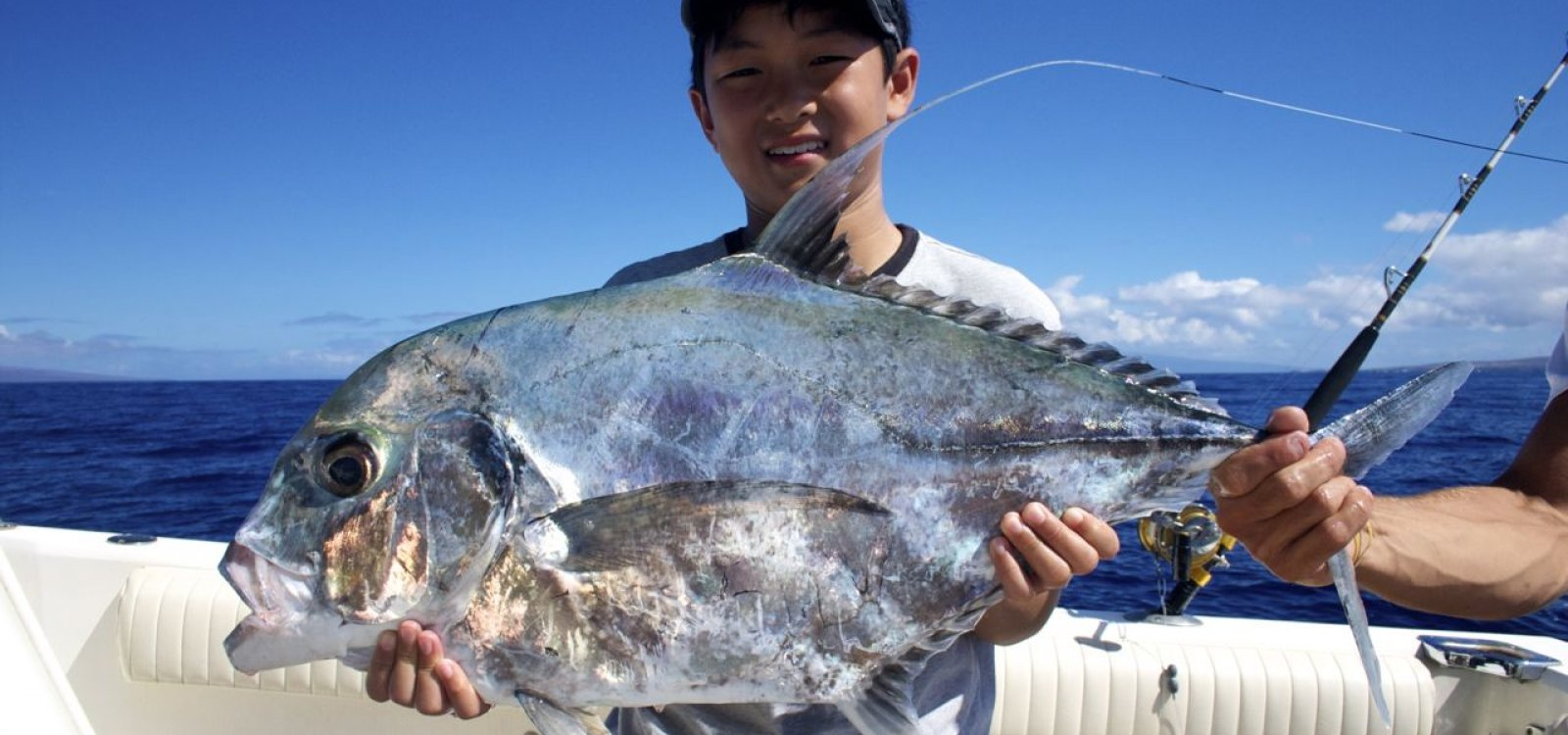 Fishmaui best of maui 39 s fishing charters guides maui for Randys fishing trips