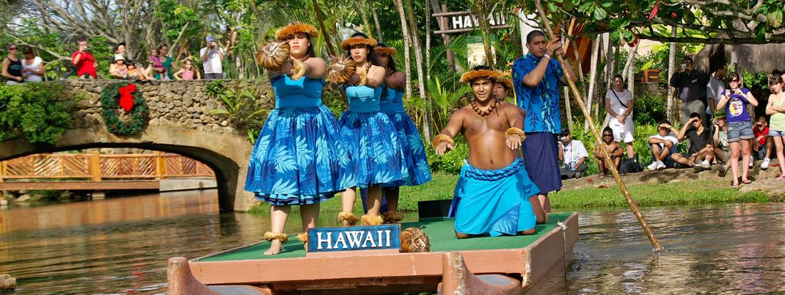 Polynesian Cultural Center - Photo by: Boykov / Shutterstock.com